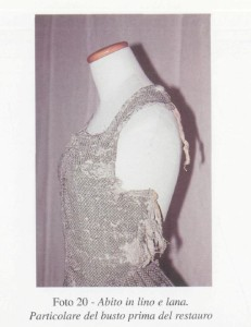 Bodice of a gown worn by by a servant of Eleanora de Toledo. Taken from the book La Granduchessa.